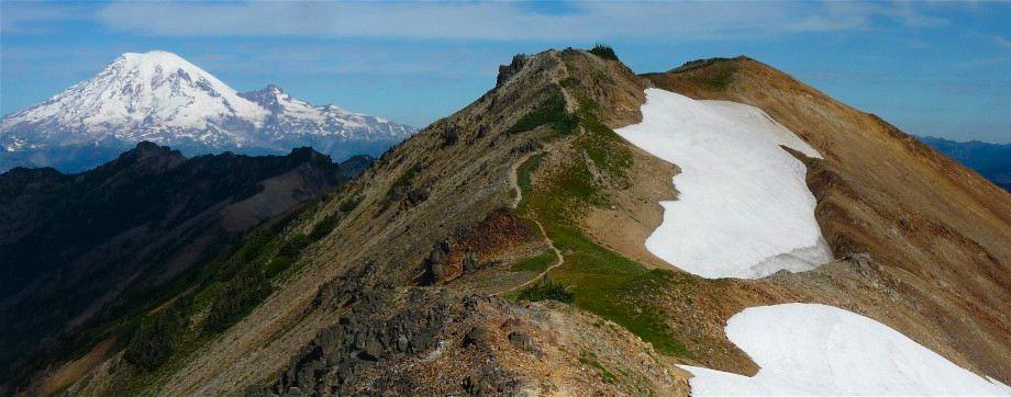 Mt Rainier from Goat Rocks Wilderness
